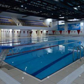 yarı olimpik yüzme havuzu, havuz modelleri, havuz aydınlatması, havuz görselleri, modern havuz