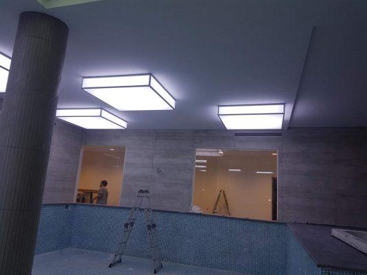 bjk, beşiktaş nevzat demir tesisleri futbolcuların yüzme havuzu gergi tavan (barrisol) aydınlatma, havuz dekorasyonu uygulamamız